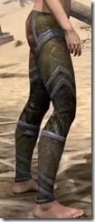 Dark Elf Dwarven Greaves - Female Right