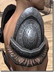 Silken Ring Iron Pauldron - Male Right