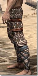 Akaviri Iron Greaves - Male Side