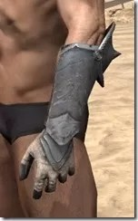 Daggerfall Covenant Iron Gauntlets - Male Side