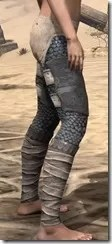Daggerfall Covenant Iron Greaves - Female Right