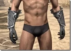 Thieves Guild Iron Gauntlets - Male Front