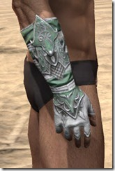 Sapiarch Iron Gauntlets - Male Right