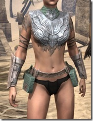Fanged Worm Heavy Cuirass - Female Front