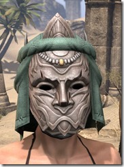 Fanged Worm Heavy Helm - Female Front