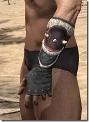 Huntsman Heavy Gauntlets - Male Side