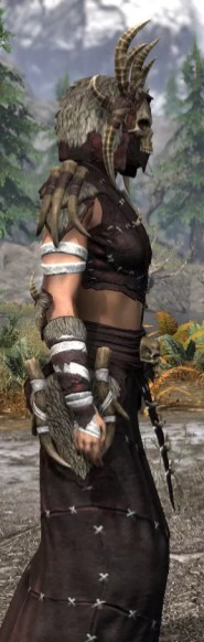 Ancestral Reach Light - Female Robe Close Side