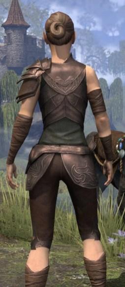 Eveli's Adventuring Leathers - Female Close Rear