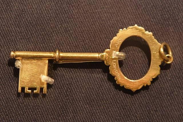 Resultado de imagen de Amuletos con Llaves: Significados y Rituales