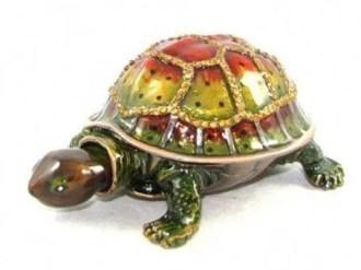 bejeweled-wishfulfilling-tortoise1-400x300