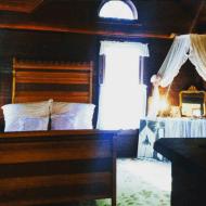 Mme. Modjeska's bedroom.