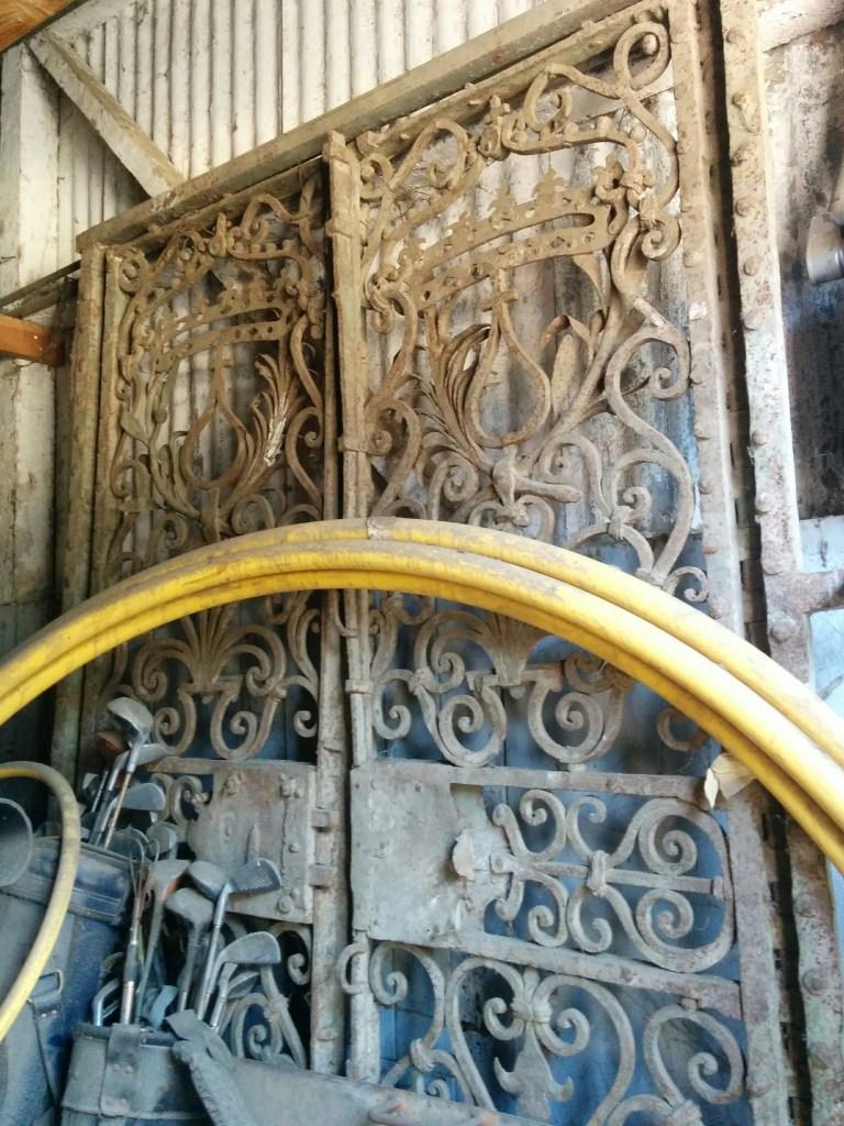 gate-in-old-barn