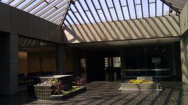 Pereira Times Mirror HQ (1971) atrium 5th floor