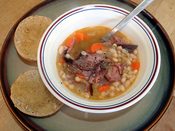 Manitoba Ham and Bean Soup