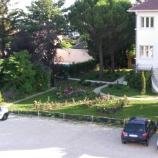 jardin, parking, centre d'affaire