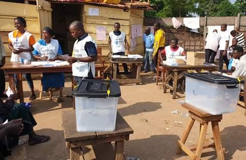 Guinée : la CENI publie les résultats du référendum