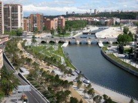 parque en el río