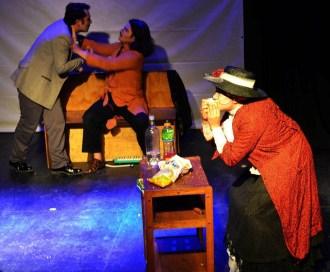 La-Nona-de-Akana-Teatro