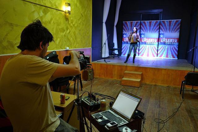 Casting Talento Chileno 2012 – Salón de Té-Atro Akana