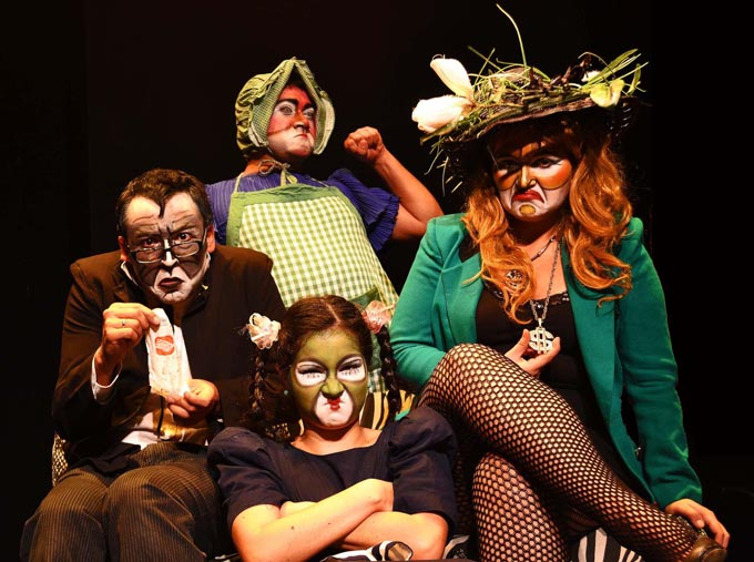 Gente Tóxica – Comenzamos Temporada Teatral II Semestre – Iquique