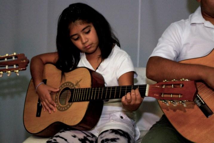 Guitarra-Infantil-2