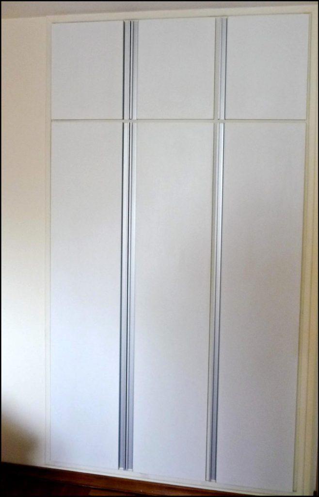 placard puertas batientes con perfil jota