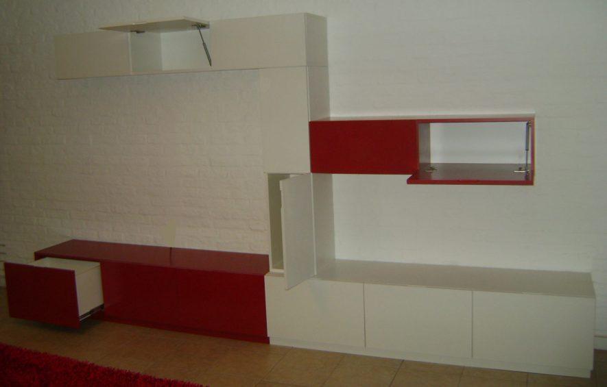 conjunto de módulos, puertas batientes, proyectantes y cajones