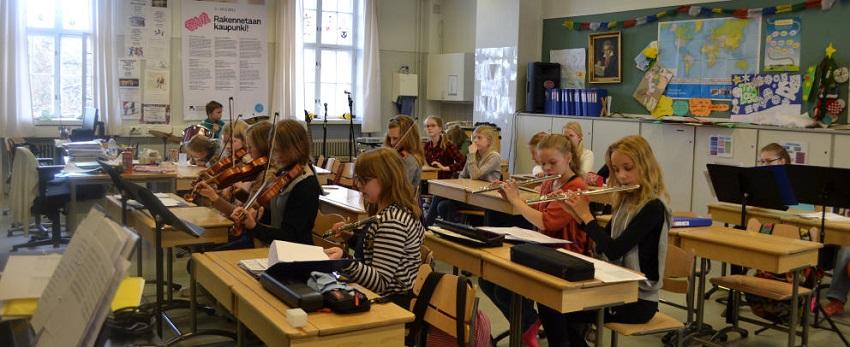 """¿Qué es el """"phenomenon learning""""? El modelo con el que Finlandia quiere reformular su sistema educativo"""