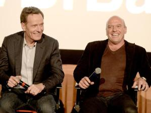 bryan-cranston-dean-norris-elenco-de-breaking-bad-promove-documentario-25112013