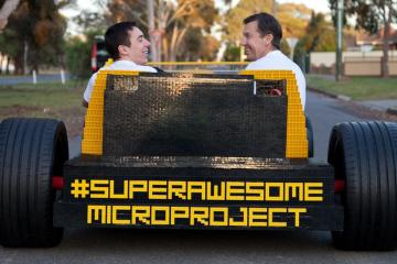 raul-oaida-and-steve-sammartino-with-the-super-awesome-micro-project-lego-car-photo-560501-s-1280x782