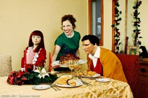 mannequin-family-funny-photo-series-suzanne-heintz-53