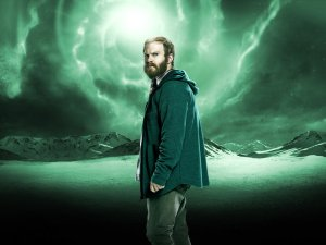 Henry Zebrowski is Quentin in Heroes Reborn