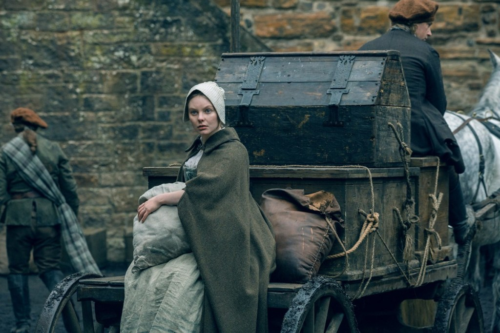 Nell-Hudson-as-Laoghaire-Episode-208