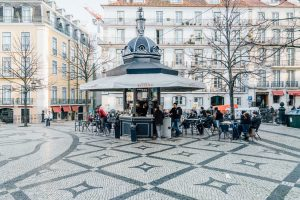 lisbon-kiosks-richard-john-seymour-2-1050x700