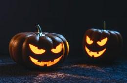 illuminated-halloween-pumpkins