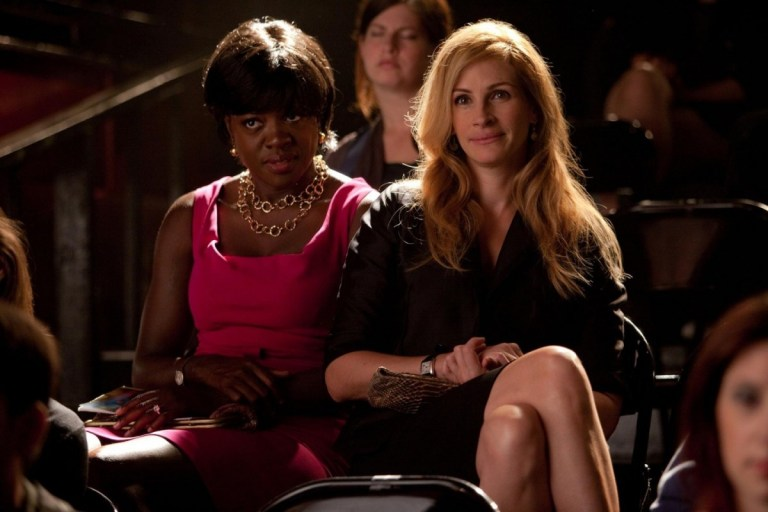 still-of-julia-roberts-and-viola-davis-in-eat-pray-love-large-picture-eat-pray-love-3a6b3303eadb46326a0eaf7a64253ed3-large-1125074
