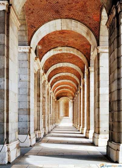 salon de columnas del palacio real de madrid