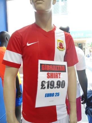 Camiseta de la Selecciión Gibraltareña de Fútbol (?)