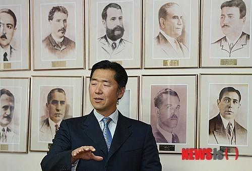 """Cubrimiento de Conferencia en Paraguay sobre """"Gobernanza, Ética y Desarrollo"""" por los Medios de Comunicación Coreanos NewsIs"""