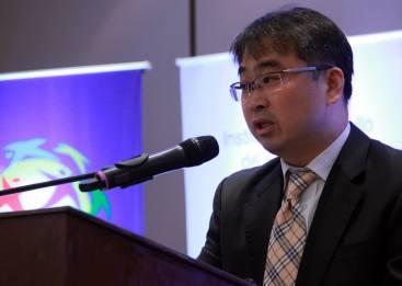 Jun Seog Ko, Director actual  de Korea Rail Network Authority, discuten la relevancia de la experiencia de Corea en los desafíos del desarrollo de Paraguay.