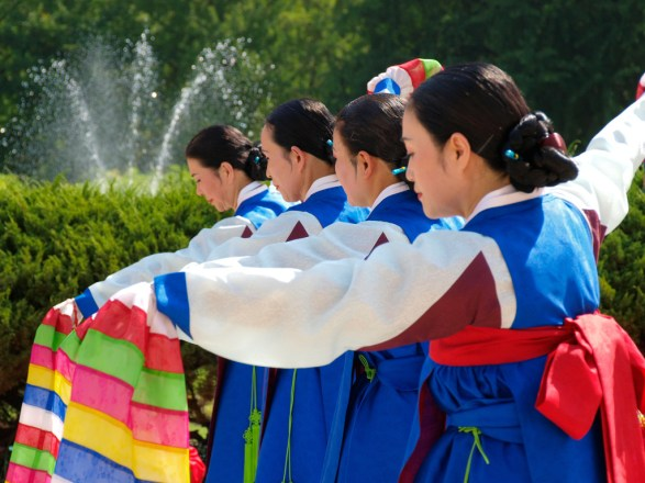 Bailarinas tradicionales Coreanas. (Crédito: SJ Yang)