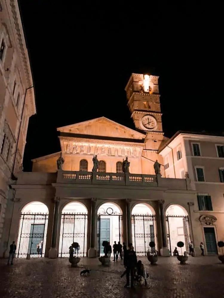 Santa María en el barrio del Trastevere