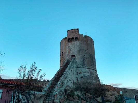 Antigua Torre en el puerto de Marciana Marina