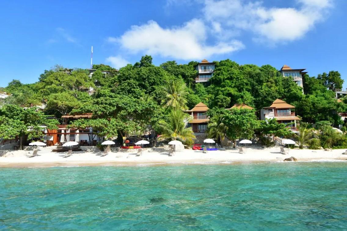 San Daeng Beach