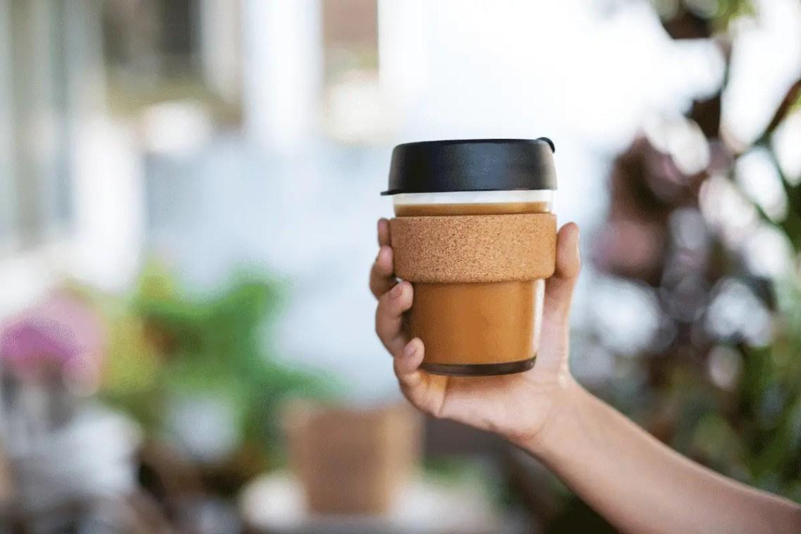 viajar-sin-plastico-bolsa-cup