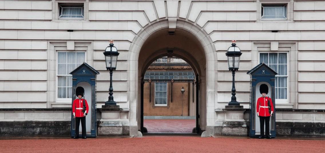 Buckingham-palace (1)