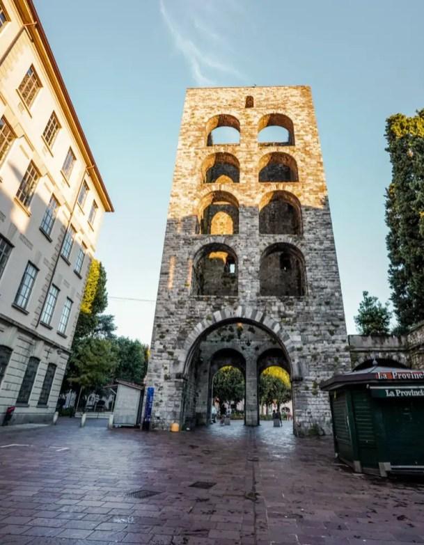 que visitar en como - Porta Vittoria