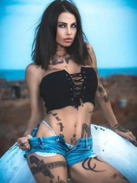camarera sexy para despedidas de soltero y cumpleaños