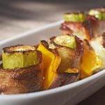 Espetinho de quiabo com bacon: Veja como fazer!