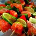 Espetinho de salmão: Como fazer grelhado ou na brasa?